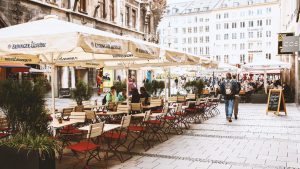 Terrasse Fussgängerzone Weinst. Marienplatz